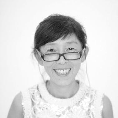 Kazuyo Sejima nació en Ibaraki, Japón, en 1956. Es socia fundadora de SANAA, junto a Ryue Nishizawa